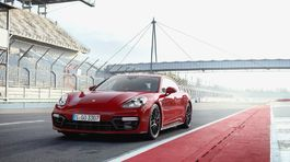 Porsche-Panamera GTS-2019-1024-02