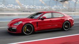 Porsche-Panamera GTS-2019-1024-03