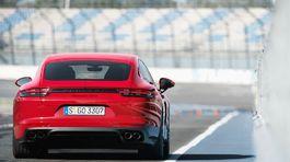 Porsche-Panamera GTS-2019-1024-08