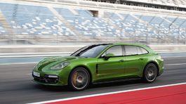 Porsche-Panamera GTS Sport Turismo-2019-1024-02