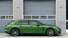 Porsche-Panamera GTS Sport Turismo-2019-1024-05