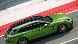 Porsche-Panamera GTS Sport Turismo-2019-1024-06