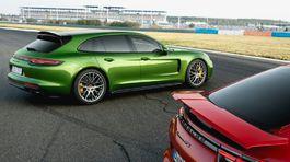 Porsche-Panamera GTS Sport Turismo-2019-1024-0b
