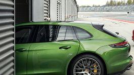 Porsche-Panamera GTS Sport Turismo-2019-1024-0c