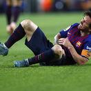 A je po El Clasicu: Messi má zlomenú ruku, Barcelone bude chýbať tri týždne