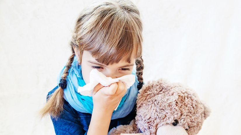 dievča, dieťa, chrípka, nádcha, prechladnutie