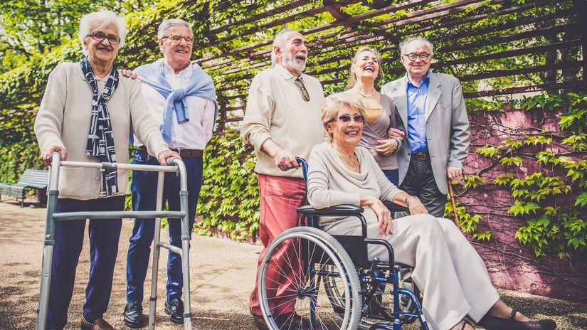 dôchodci, seniori, zťp