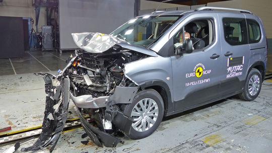 Euro NCAP: Berlingu, Combu a Rifteru chýba hviezdička