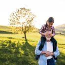 dôchodca, vnučka, starý otec, dedko