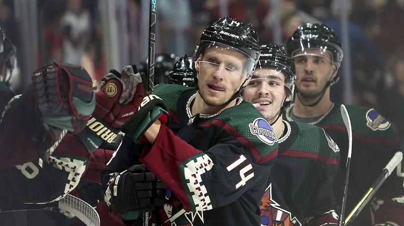 Lightning Coyotes NHL Pánik