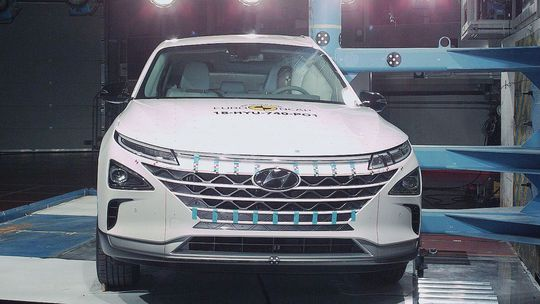 Euro NCAP: Štyri autá, dvadsať hviezd. Bodoval aj 'vodík'