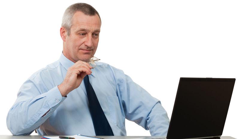 muž, počítač, práca, živnostník, živnosť