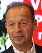 Pavel Hagyari (61), advokát, nezávislý kandidát