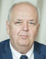Štefan Horváth (63), lekár - manažér, Národná koalícia