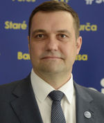 Viliam Novotný (45), lekár, Šanca