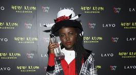 Herečka Lupita Nyong'o na 19. ročníku Halloween party Heidi Klumovej.