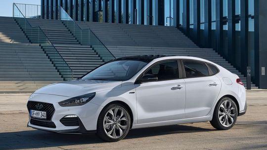 Hyundai i30 Fastback N Line: Nová výbava v štýle úspešného hot-hatchu