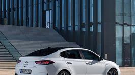 Hyundai-i30 Fastback N Line-2019-1024-08