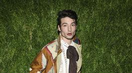 Herec Ezra Miller na 15. ročníku CFDA/Vogue Fashion Fund v New Yorku.