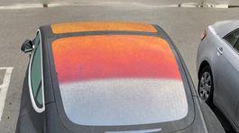 Tesla - oranžová strecha