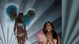 Modelka Winnie Harlow dojatá zo svojho debutu na prehliadke VS.