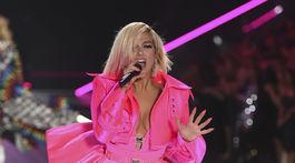 Speváčka Bebe Rexha sa postarala o hudobný program.