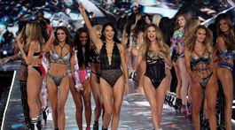 Záverečné defilé prehliadky Victoria's Secret Fashion Show v New Yorku.