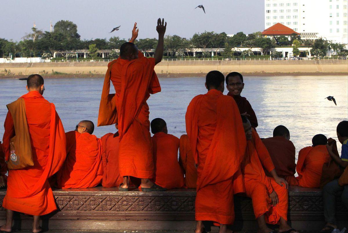 mnísi, budhisti, Kambodža