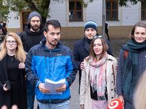 Organizátorov pochodov Za Slušné Slovensko vypočúvala NAKA, zvolávajú protest