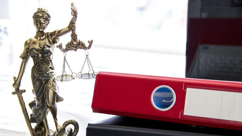 právo, spravodlivosť, zákony, kancelária