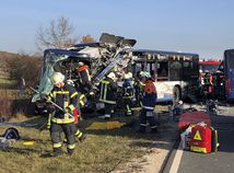 nemecko, norimberg, zrážka, autobus, hasič