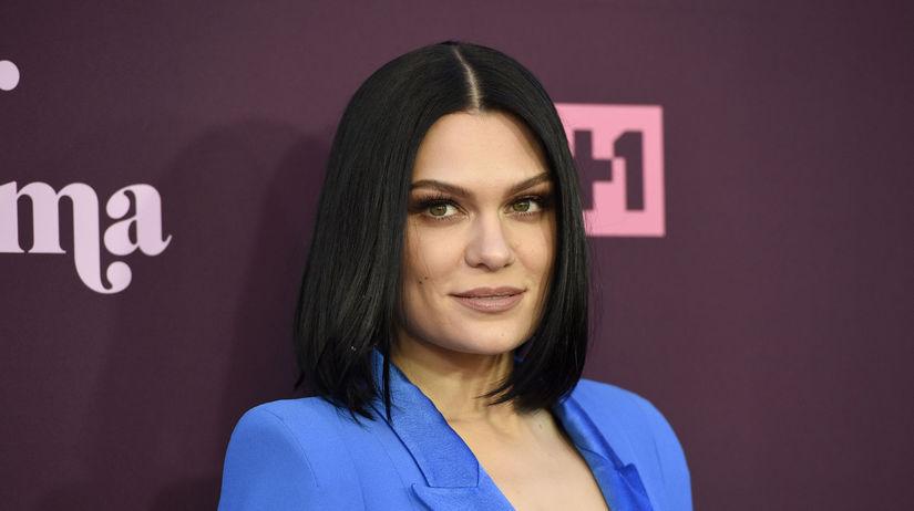 Speváčka Jessie J na zábere z mája 2018.