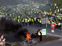 francúzsko, cesta, protest, blokáda, žlté vesty, demonštrácia