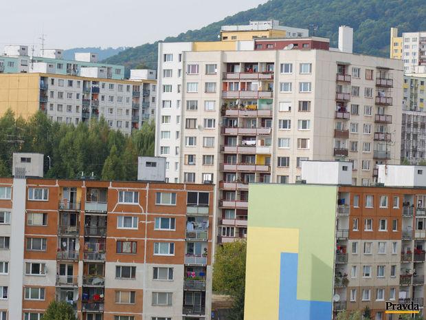 nehnutelnosť,panelák,bývanie,Banská Bystrica-sídlisko Sásova