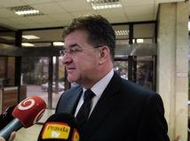 VIDEO: Lajčák zváži demisiu, ak Slovensko neprijme pakt o migrácii