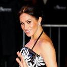 Tehotná vojvodkyňa Meghan žiarila na umeleckom gala. Zabavili ju aj Take That