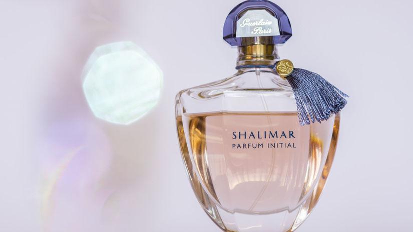 parfum-shutterstock 656586013