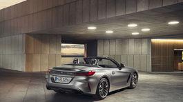BMW Z4 4 00 5ba22d6072b98