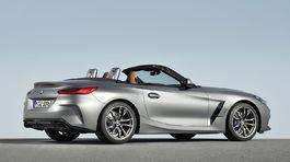 BMW Z4 4 01 5ba22d60a4491