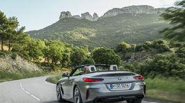 BMW Z4 4 03 5ba22d6107cae