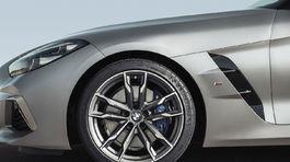 BMW Z4 8 00 5ba22d6267035