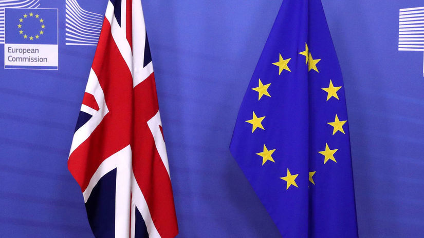 Vlajky Veľkej Británie a Európskej únie, brexit