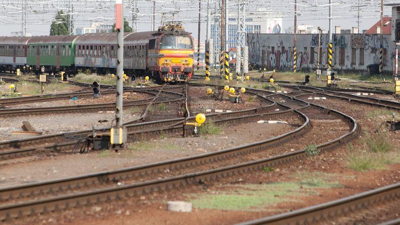 železnice, vlak