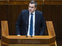 Vedenie UK v Bratislave: Andrej Danko je príkladom hodným zavrhnutia