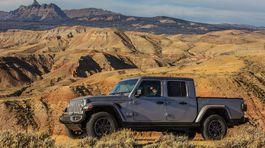Jeep-Gladiator-2020-1024-07