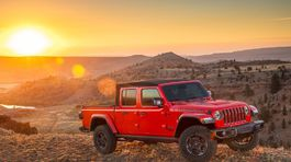 Jeep-Gladiator-2020-1024-0e