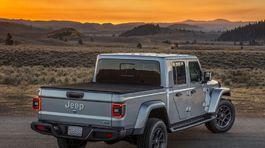 Jeep-Gladiator-2020-1024-70