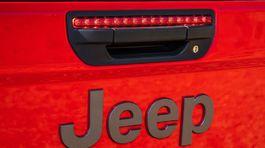 Jeep-Gladiator-2020-1024-c5