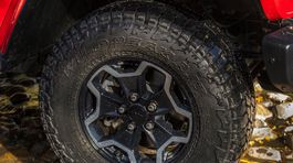 Jeep-Gladiator-2020-1024-c9