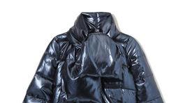 Prešívaná vatovaná bunda s lesklým efektom, predáva Reserved za 69,99 eura.